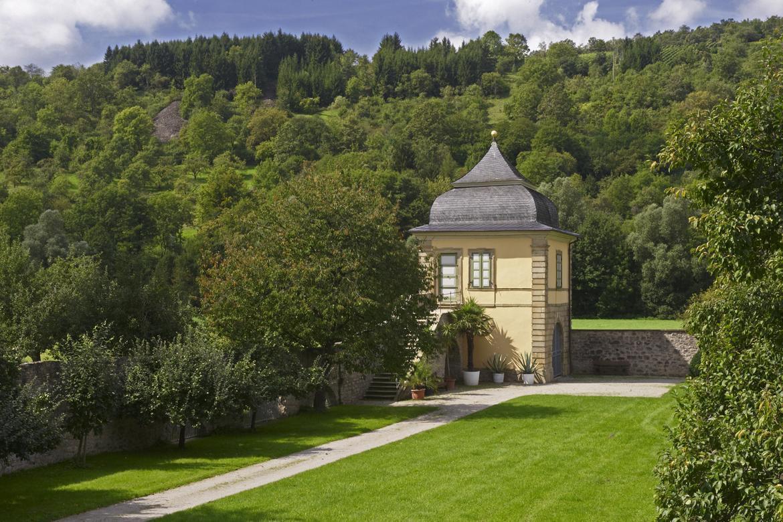 Blick aufs abgelegene Teehaus, Schlossgarten Weikersheim; Foto: Staatliche Schlösser und Gärten Baden-Württemberg, Arnim Weischer
