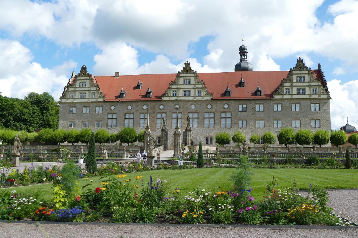 Rabatte im Weikersheimer Schlossgarten am 17. Juni 2016; Foto: Staatliche Schlösser und Gärten Baden-Württemberg, Sonja Wünsch