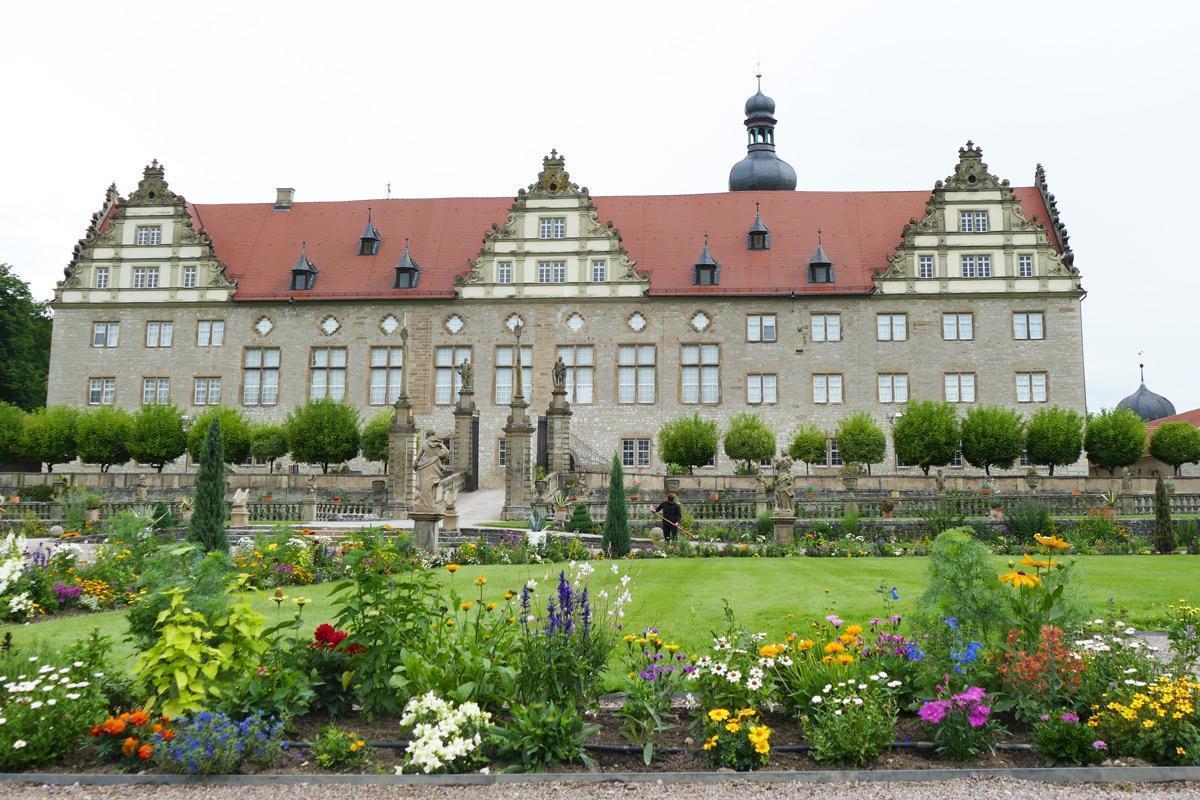 Rabatte im Weikersheimer Schlossgarten am 30. Juni 2016; Foto: Staatliche Schlösser und Gärten Baden-Württemberg, Sonja Wünsch