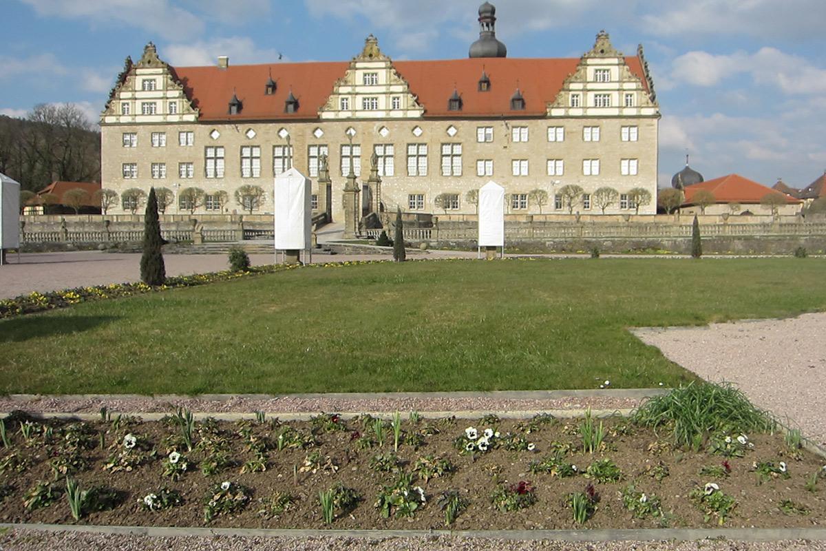 Eine Rabatte im Weikersheimer Schlossgarten am 18. März 2016; Foto: Staatliche Schlösser und Gärten Baden-Württemberg, Sonja Wünsch