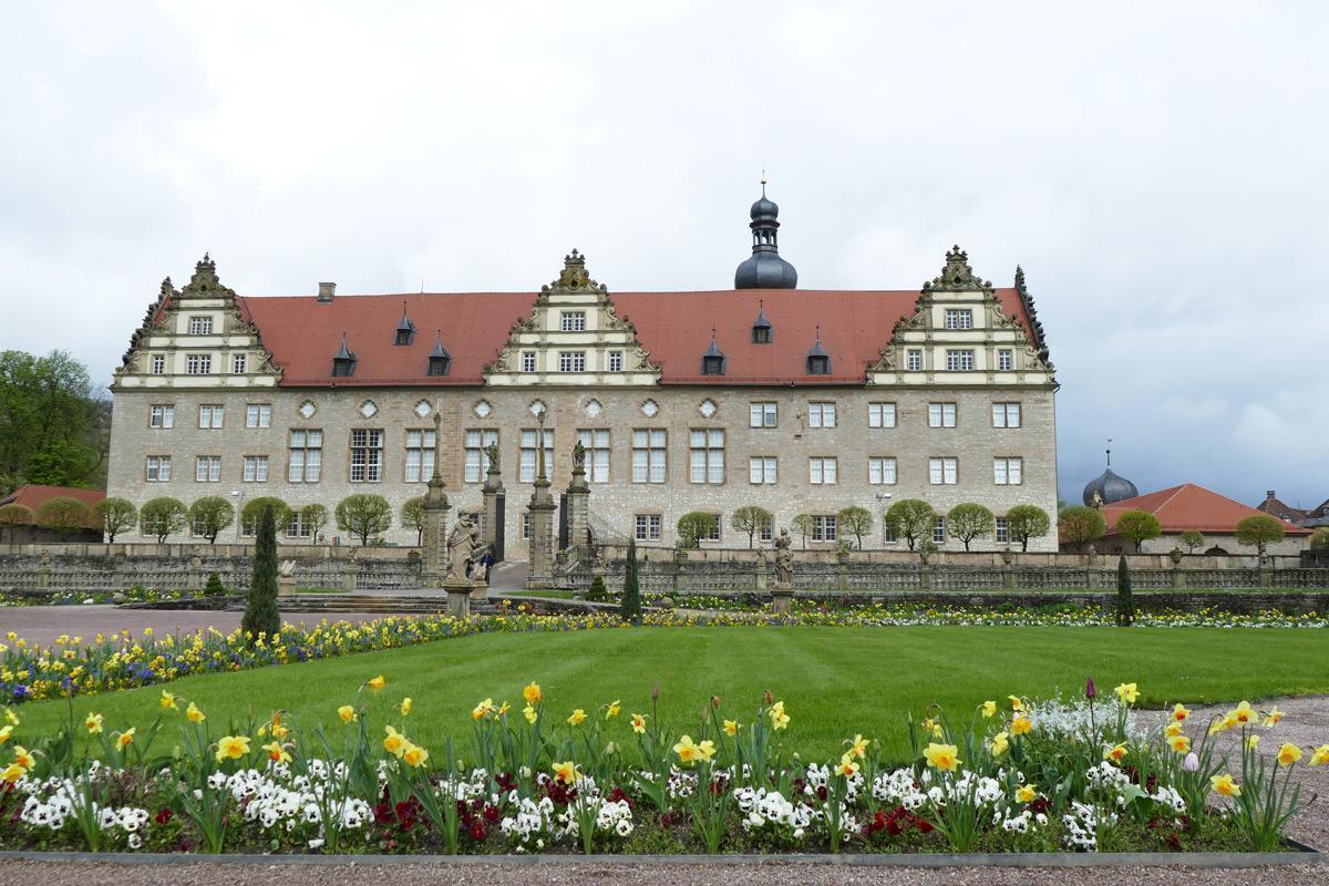 Rabatte im Weikersheimer Schlossgarten am 15. April 2016;  Foto: Staatliche Schlösser und Gärten Baden-Württemberg, Sonja Wünsch
