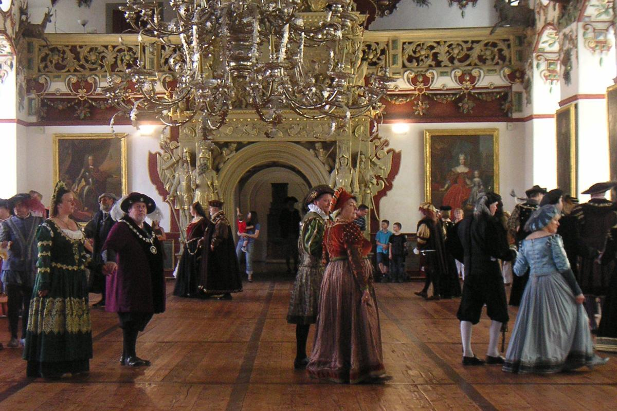 Fest im Rittersaal von Schloss Weikersheim; Foto: Staatliche Schlösser und Gärten Baden-Württemberg, Sonja Wünsch