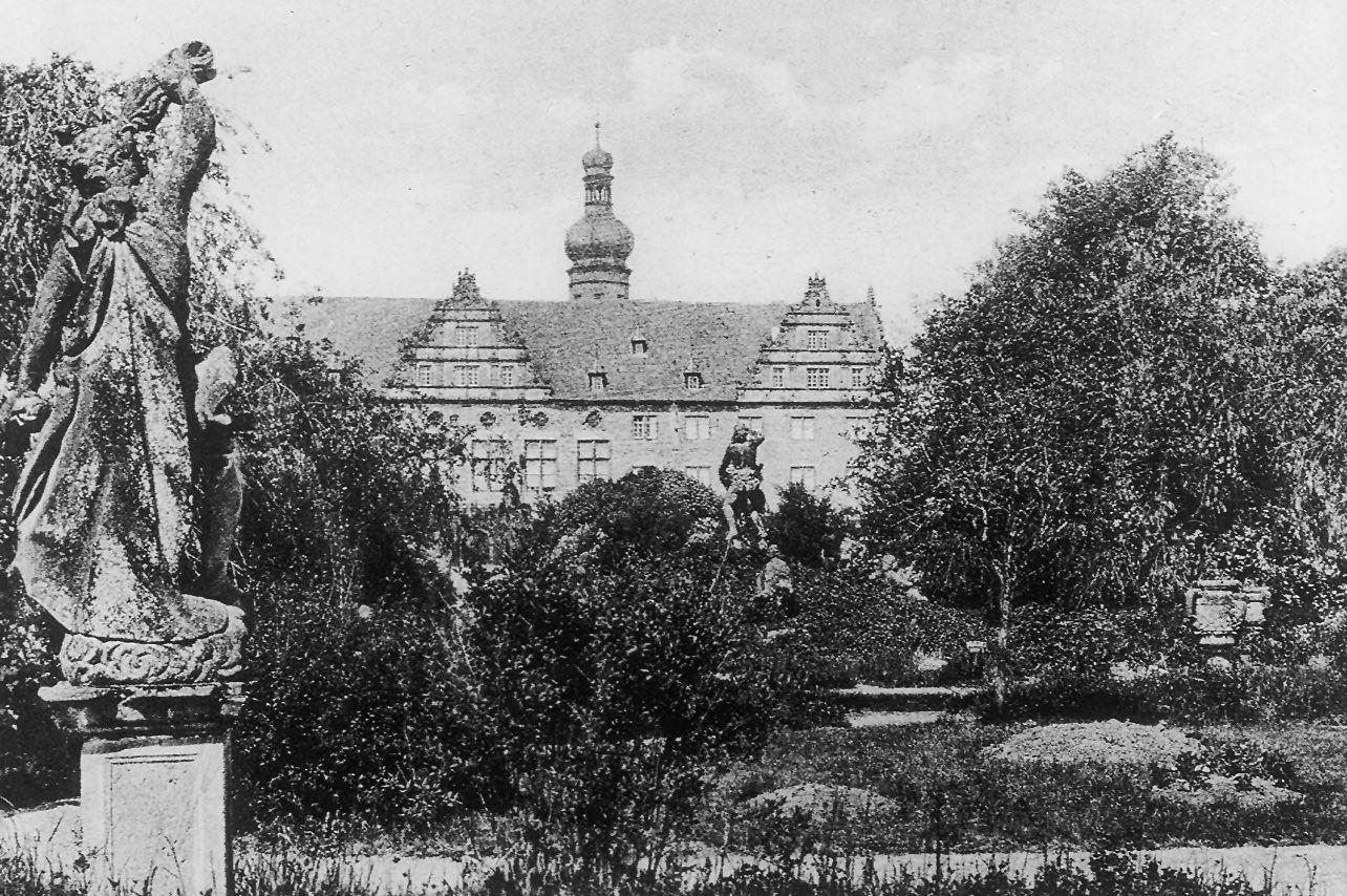 Schloss und Schlossgarten Weikersheim, Historische Außenaufnahme