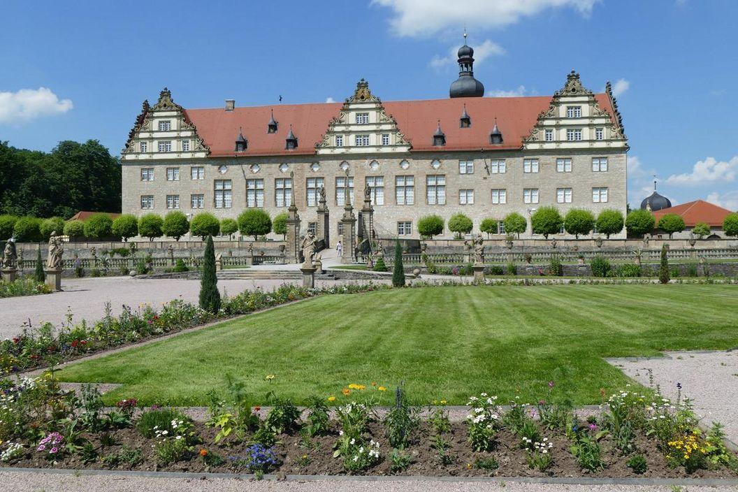 Rabatte im Weikersheimer Schlossgarten am 3. Juni 2016