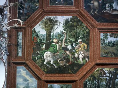 Hunting scene, wood boarding in the Knights' Hall; Photo: Staatliche Schlösser und Gärten Baden-Württemberg, Andrea Rachele