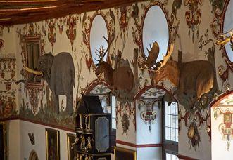 Schloss Weikersheim, Tiere im Rittersaal