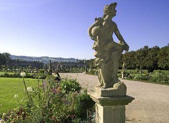 Personifikation des Wassers, Statue im Weikersheimer Schlossgarten