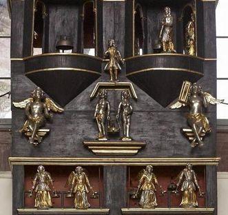 Figuren an der Wanduhr, Rittersaal, Schloss Weikersheim; Foto: Staaltiche Schlösser und Gärten Baden-Württemberg, Arnim Weischer