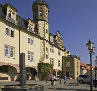 Marktplatz und Schloss Öhringen; Foto: Landesmedienzentrum Baden-Württemberg, Arnim Weischer