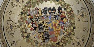 Detailreiches Wappengemälde, Treppenraum, Schloss Weikersheim