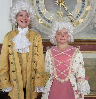 Kinder verkleidet, Schloss Weikersheim; Foto: Staatliche Schlösser und Gärten Baden-Württemberg, Schlossverwaltung Weikersheim
