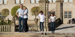 Familie im Schloss